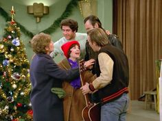 """""""Laverne & Shirley"""" (1976) - Episode: Oh Hear the Angels' Voices"""