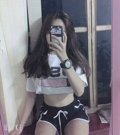 Korean Outfits, Sexy Outfits, Girl Outfits, Cute Outfits, Fashion Outfits, Girl Photo Poses, Girl Photography Poses, Girl Photos, Ulzzang Korean Girl