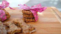 Leckere Rezepte für Hundekekse und Muffins. Die Hundekekse und Muffins sind von Hunden getestet und für gut befunden worden.