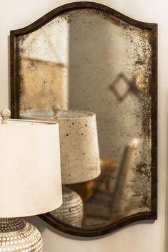 Vintage Home Decor For More Traditional Interior Design Mercury Glass Mirror, Antique Mirror Glass, Old Mirrors, Vintage Mirrors, Antiqued Mirror, Decorative Mirrors, Beveled Mirror, Design Blog, Diy Design