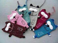 DIY Cute Cat Smartphone Bag