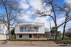 Maude Street House by Murray Legge - Dwell Stucco Siding, Metal Siding, Street House, Guest Suite, Ground Floor, Modern Architecture, Building A House, Exterior, Mansions