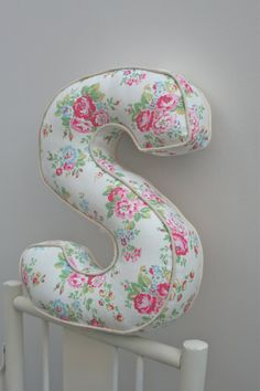 Items similar to Alphabetty Letter Cushions Pillows - Cath Kidston fabrics on Etsy Funky Cushions, Floor Cushions, Cath Kidston Fabric, Letter Cushion, Fabric Crafts, Diy Crafts, Sewing Projects, Projects To Try, Bee Creative