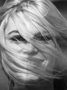 ■ 1967: «Две недели в сентябре» – 490 photos