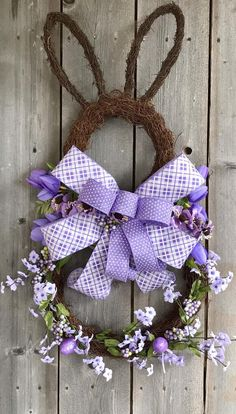 Your place to buy and sell all things handmade Easter Projects, Easter Crafts, Easter Decor, Easter Centerpiece, Bunny Crafts, Easter Table, Easter Party, Easter Ideas, Easter Gift