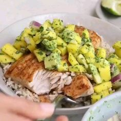 Instead of Mahi Mahi, can I just have the Mahi? 😬 And oh, let's top it off with some mango avocado salsa! Salmon Recipes, Fish Recipes, Seafood Recipes, Vegetarian Recipes, Cooking Recipes, Healthy Recipes, Mahi Mahi, Mahi Fish, Mango Avocado Salsa