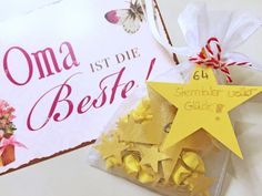 Last Minute Gift: Thousand Stars for You kids . Winter Christmas, Christmas Presents, 3d Star, Banquet Tables, Last Minute Gifts, Paper Shopping Bag, Diys, Place Card Holders, Homemade