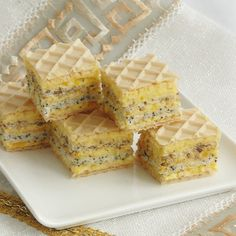 Cake with Wafer, Cream and Poppy (in romanian) Romanian Desserts, Romanian Food, Waffle Cake, Homemade Cakes, Confectionery, Cake Cookies, Bakery, Food And Drink, Dessert Recipes