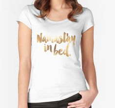Namaste T-Shirt für Frauen | Relax  | Yoga & Meditation in Gold | Design von Hopealittle