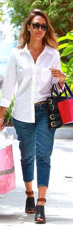 Purse – Giuseppe Zanotti Sunglasses – Elizabeth and James Shoes – Loeffler Randall Jeans – Citizens of Humanity