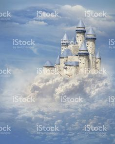 Fairyland Castle Photography Backdrops Newborn Baby Blue Sky White Clouds Photo Backgrounds for Children Studio Props Fantasy Castle, Fairytale Castle, Fantasy Art, Background For Photography, Photography Backdrops, Pet Photography, Fairy Land, Fairy Tales, Castle Backdrop