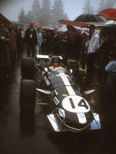 memorial racing car and Classic Motors, Classic Cars, Thing 1, Dan Gurney, Automobile, Gilles Villeneuve, Funny Pictures For Kids, Vintage Race Car, Automotive Art