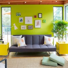 Common denominator - Decorating with Green - Sunset