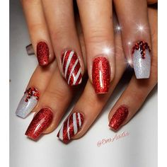 Classic And Traditional Easy Red Coffin Christmas Nails Designs Christmas Coffin Nails;Coffin Nails;Christmas Nails;Long Nails;Red Nails;Nails Art;Holiday Nails;Nails Design;Coffin Nails Trend;Snowflake Nails; Snowman Nails; Cute Christmas Nails, Christmas Nail Art Designs, Holiday Nail Art, Xmas Nails, Christmas Girls, Christmas Pictures, Simple Christmas, Cute Red Nails, Gorgeous Nails