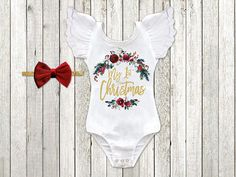 This baby girls 1st Christmas Outfit is the trendiest holiday outfit on the market! This outfit will surely help you make this big milestone one for the memory books! *THIS OUTFIT IS CURRENTLY RUNNING ON A 3-4 WEEK PRODUCTION TIME** The graphic quality is beyond amazing! Squishy