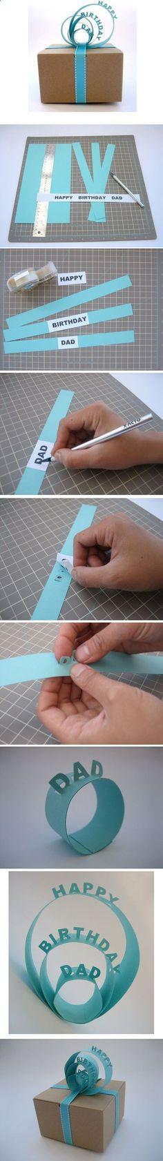 Diese Art der Geschenke-Individualisierung mittels einfacher Pop up-Papierstreifen ist wirklich eine gute Idee!