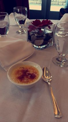 French Brule I Foods, Snapchat, Photo Editing, Alcoholic Drinks, Gifs, Aesthetics, Selfie, French, Facebook