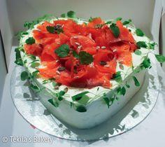 Salmon sandwich cake