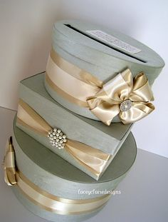 Wedding Card Box You customize colors and by LaceyClaireDesigns. $112.00, via Etsy.