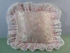 15x17 Vtg Pastel Pink & White Lace Pillow Double Ruffle by 2lewa