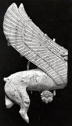 Plaque with hindquarters of a sphinx Date: ca. 9th–8th century B.C. Geography: Mesopotamia, Nimrud (ancient Kalhu) Culture: Assyrian Medium: Ivory The Metropolitan Museum of Art.