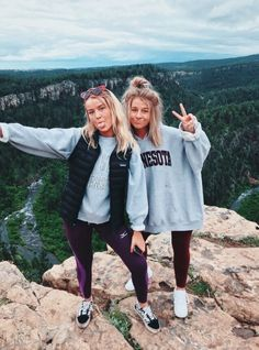 Photography Ideas For Friends Summer Bff 70 Ideas Foto Best Friend, Best Friend Fotos, Bff Pics, Cute Photos, Cute Pictures, Looks Teen, Best Friend Pictures, Cute Friend Photos, Friend Picture Poses