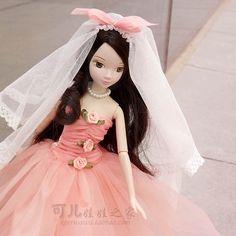 (43.69$)  Watch here  - 27.5cm  Original  kurhn doll Wedding Series   Brinquedos Meninas Bonecas Children Christmas Gift Kid Hobby  9079