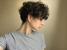 Growing out short curly hair Short Curly Hair curly Growing hair short shortcurlypixie Undercut Curly Hair, Curly Hair With Bangs, Curly Hair Cuts, Cut My Hair, Wavy Hair, Short Hair Cuts, Curly Hair Styles, Shaved Curly Hair, Hairstyle Curly