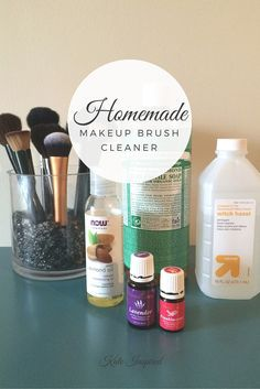 Homemade Non-Toxic Makeup Brush Cleaner Kate Inspired Non Toxic Makeup Brush Cleaner, Non Toxic Makeup Brushes, Diy Brush Cleaner, Homemade Makeup Brush Cleaner, Best Makeup Brushes, How To Clean Makeup Brushes, Makeup Brush Set, Best Makeup Products, Beauty Products