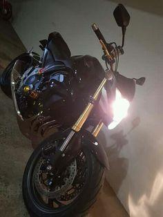 Cb 1000r Cb 1000, Motorcycle Wallpaper, Subaru Wrx, Supercar, Motors, Honda, Guy, Trojan Horse, Posh Cars