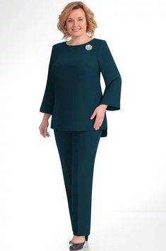 Elegant Office Wear, Suits For Women, Clothes For Women, Mother Of Bride Outfits, Scarf Dress, Curvy Outfits, Dress Suits, Dress Patterns, African Fashion