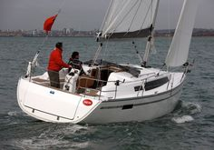 Yachting Monthly's Bavaria 33 Cruiser test