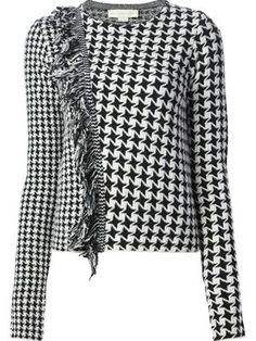 Refine your look with the women's sweaters edit at Farfetch. Find cute designer sweaters and luxury cahsmere sweaters from coveted labels now. Knit Fashion, Fashion Outfits, Architect Fashion, Sweater Design, Winter Looks, White Outfits, Refashion, Fashion Addict, Pulls