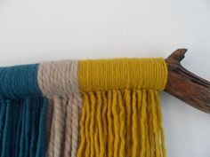 February MakeAlong // Yarn Wall Hanging // A simple DIY using wool, a branch and your hands.