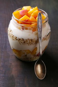 Peaches & Cream Overnight Oats - Easy Living Today
