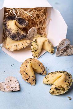 Merkur Blog | Liebeskekse Snacks Für Party, Love Is Sweet, Stuffed Mushrooms, Cookies, Vegetables, Desserts, Recipes, Blog, Banana