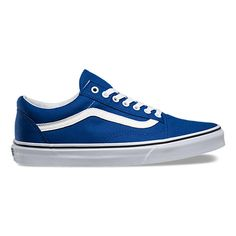 The Old Skool, Vans classic skate shoe and the first to bare the iconic side stripe, is a low top lace-up with a durable canvas upper, padded tongue and lining, metal eyelets and Vans original Waffle Outsole. Browse Custom Old Skool Shoes Blue Sneakers, Vans Sneakers, Blue Shoes, New Shoes, Men's Shoes, Cap Toe Shoes, Sock Shoes, Vans Vintage, Cute Vans