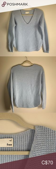 Wilfred Free Wolter Sweater Wilfred Free sweater in Baby Blue -Waffle-knit -V-neck -Dropped shoulder -Merino Wool -Excellent condition Wilfred Sweaters V-Necks Blue Waffle, Plus Fashion, Fashion Tips, Fashion Trends, Waffle Knit, Baby Blue, Merino Wool, Sweaters For Women, V Neck