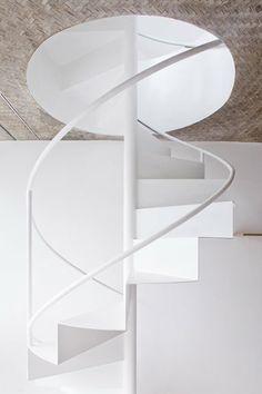 ANH HOUSE - Ho Chi Minh City, Vietnam - 2013 - Sanuki + Nishizawa architects #staircase