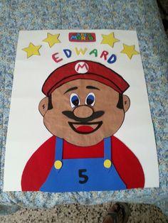 Super Mario ya con nariz y bigote