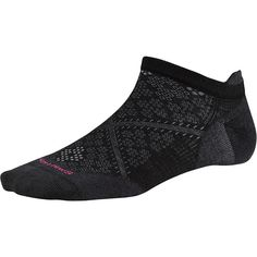 We put all of our smarts into these new and improved run socks that feature our 4Degree Elite fit system, ReliaWool technology for superior durability.