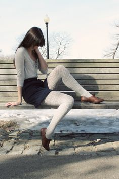 Colored Tights Outfit, Grey Tights, Nylons, Pantyhose Outfits, Fishnet Leggings, Tight Leggings, Cool Tights, Frilly Socks, Thigh High Socks