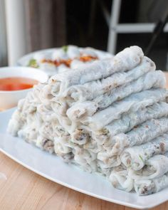 Fawm Kauv (steamed rolled rice cake with pork): Banh Cuon Vietnamese Rolls, Easy Vietnamese Recipes, Vietnamese Cuisine, Asian Recipes, Laos Recipes, Asian Foods, Steamed Rice Cake, Rice Cakes, Chinese Rice Noodles