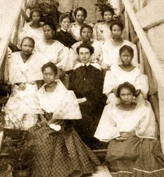 Deaconess Training School, Manila, c. The Deaconess Training School first opened on July 1903 at No. Philippines Fashion, Philippines Culture, Ms Elizabeth, Filipino Culture, Filipina Beauty, Filipiniana, Mindanao, Training School, Class Pictures