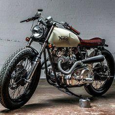 #motorcyclist #motorcycle #moto #biker #chopper #custom #bobber #caferacer #мото #мотоциклист #байкер #best #rideordie #harley #oldschool #run #ftw #followme #harleydavidson #honda #yamaha #suzuki #kawasaki #triumph #royalenfield