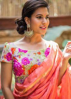 Brocade Blouse Designs, Saree Jacket Designs, Saree Blouse Neck Designs, Fancy Blouse Designs, Kurta Designs, Blouse Patterns, Brocade Blouses, Kurti Patterns, Beautiful Blouses