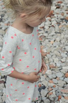 Polka dots. #kidsfashion Encontrado en kaszkazmlekiem.wordpress.com likes polka dots
