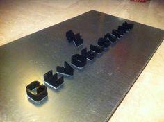 3D letters op stalen plaat 3d Letters, Sign, Signs, Board