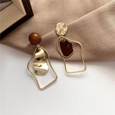 Geometric Statement Drop Earrings – klozetstyle.com Bow Earrings, Fashion Earrings, Statement Earrings, Fashion Jewelry, Diamond Earrings, Handmade Hair Accessories, Wedding Accessories, Jewelry Accessories, Jewelry Design