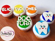 Dentist cupcakes (Cupcakes de odontólogo) https://www.facebook.com/ChromatiquePasteleria/